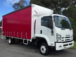 Red and white removalist truck